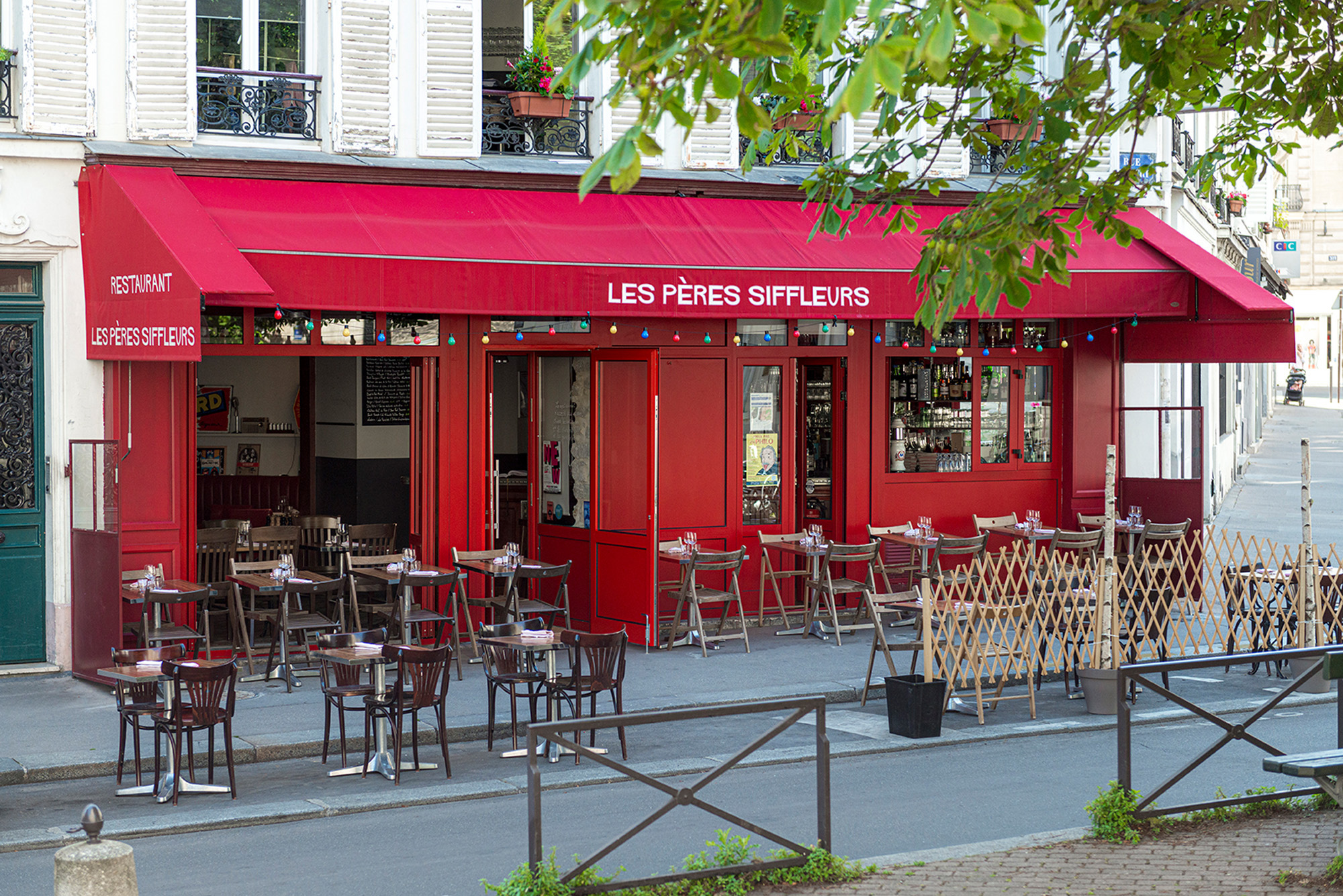 lesperessiffleurs-restaurant-paris